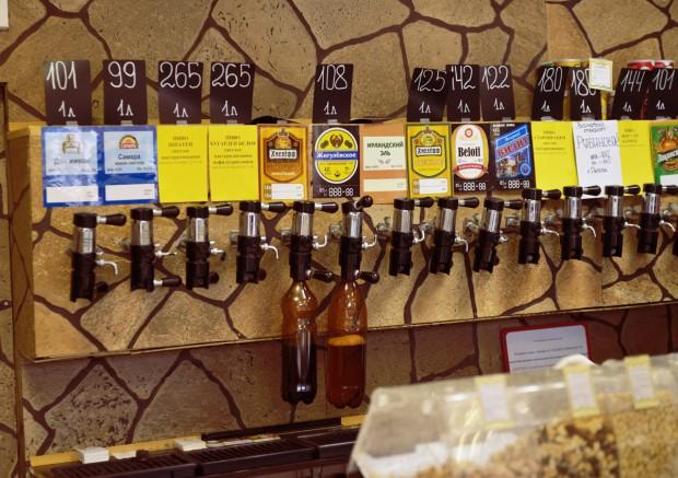 Наливна бира в магазина.