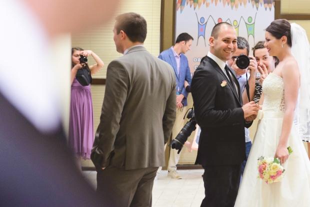 Забавни сватбени фотографи