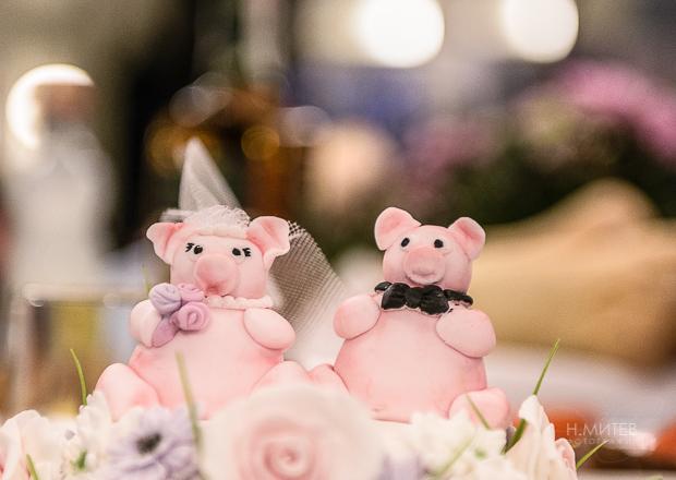 Cake toppers за сватбена торта