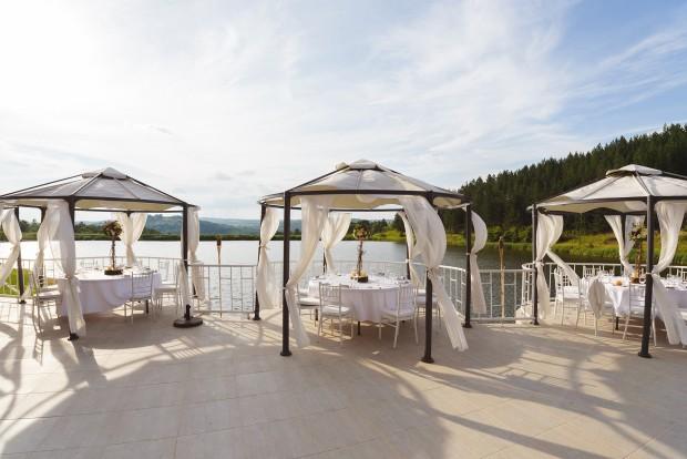 Изглед от терасата на Резиденция Скалско