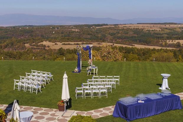 Столове за изнесен ритуал